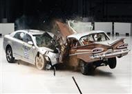 مفاجأة.. اختبار تصادم يحطم أسطورة متانة السيارات القديمة