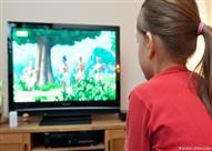 دراسة: خطر التلفزيون على أطفال الفقراء