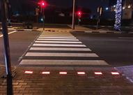 """دبي تبدأ تشغيل أول """"إشارة مرور ذكية"""".. هكذا تعمل (فيديو)"""