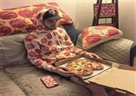 زبون يطلب إضافة غريبة مع البيتزا تصدم العاملين بالمطعم