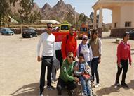 """""""مصر متاحة"""".. رحلة صعود """"متحدي الإعاقة"""" جبل موسى"""