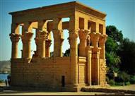 """""""آثار أسوان"""" تنفي احتراق كشك تراجان بمعبد فيلة"""
