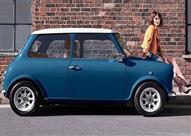 """بالصور.. شركة انجليزية تطلق نسخة كلاسيكية من MINI بـ""""مليون ونصف"""""""