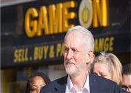 الإندبندنت: بإمكان كوربين الفوز في انتخابات بريطانيا إذا لم يشوه حزب