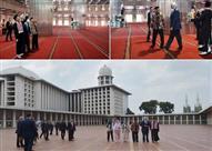 نائب ترامب وعائلته في رحاب ثامن أكبر مسجد بالعالم