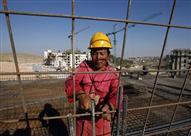 هآرتس: الصين اشترطت على إسرائيل عدم تشغيل عمالها في المستوطنات