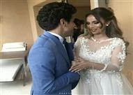 """بالصور..""""تقويم أسنان"""" وفستان إسراء عبدالفتاح يثيران التساؤلات في """"عقد قرانها"""""""