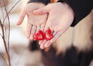 شاهد كيف كان يغازل سيدنا علي بن أبي طالب زوجته فاطمة الزهراء ؟