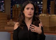 """سلمى حايك تكشف حقيقة خيانة زوجها لها مع """"إيلينا"""" - فيديو"""