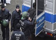 """اعتقال رجل بالقرب من البرلمان البريطاني يشتبه في تخطيطه لـ""""أعمال إرهابية"""""""