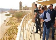 بالصور- السيسي يتفقد العاصمة الإدارية الجديدة ومنطقة جبل الجلالة