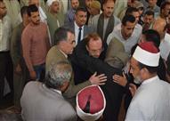 """بالصور.. أهالي """"الشناوية"""" يشيعون جنازة ضابط شرطة استُشهد في العريش"""