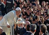 بالصور.. تعرف على هوايات بابا الفاتيكان.. والرقصة التي يعشقها