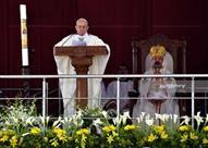 نيويورك تايمز: البابا فرنسيس استخدم خطابا شعبويا وعالج مواضيع حساسة