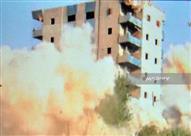 بالمتفجرات.. إزالة برج سكني في بنها لتعديه على النيل - (صور)