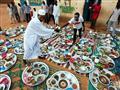 بالصور: في وداع رمضان.. موائد إفطار حول العالم