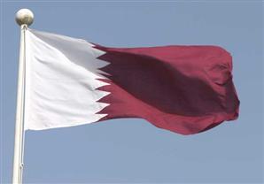 لأول مرة.. علم قطر يرفرف وحيدا خلال احتفالات العيد الوطني