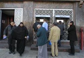 الحكومة الفلسطينية: نقابات تابعة لحماس منعت وزيرا وموظفين من دخول المقرات في غزة