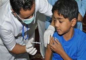 الصحة: تطعيم طلاب المدارس ضد الالتهاب السحائي والدفتريا والتيتانيوس