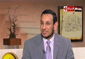 """الشيخ رمضان يوضح حٌكم المقولة الشهيرة """"سأعتمد على الله وعليك"""""""