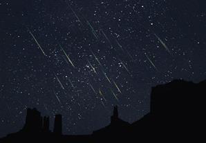 البحوث الفلكية: سماء مصر ستشهد سقوط شهب التنين مساء غد