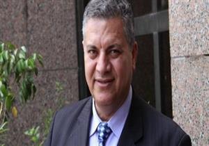 بدء محاكمة حمدي الفخراني في اتهامه استغلال النفوذ