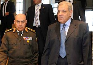 محلب ووزير الدفاع يزوران مصابي تحطم الطائرة العسكرية في الإسماعيلية