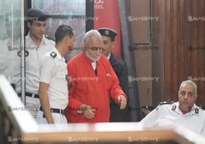 """""""الجنايات"""" تستكمل اليوم محاكمة بديع و104 آخرين في """"أحداث الإسماعيلية"""""""