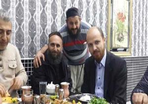 """نجل أردوغان عن صوره المثيرة للجدل: """"مع ملاك مطعم كبدة"""""""