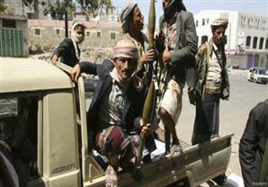 تواصل المعارك في عدن والحوثيون يتقدمون