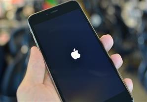 """""""رسالة نصية"""" تُدمير أجهزة Apple"""
