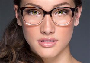 باحثون: ارتداء النظارات يوميًا يقلل من خطر الإصابة بفيروس كورونا