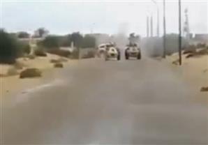 لحظة انفجار سيارة مفخخة في كمين الشيخ زويد