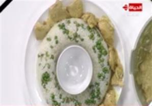 فراخ بالكاري والأناناس مقدمة مع الأرز بالبسلة - الشيف آيه حسني