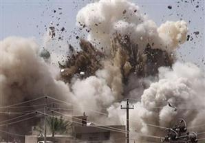 قتلى وجرحى في تفجير انتحاري بسوق تجاري بالموصل في العراق