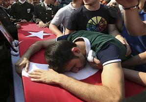 مقتل 3 جنود أتراك في هجومين