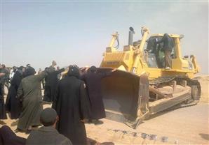 معدات المقاولون العرب أمام دير وادي الريان.. وراهب يطالب السيسي بالتدخل
