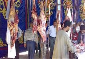 محافظ القاهرة يوقف تراخيص شوادر اللحمة في الأسواق لعدم وجود رقابة عليها