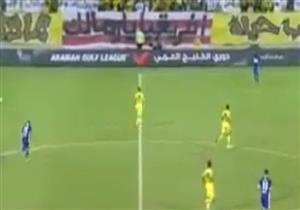 """جماهير الوصل الإماراتى تساند الأبيض بلافتة """" أفريقيا يا زمالك"""""""