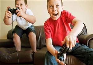 إكثار الأطفال من استخدام الأجهزة الرقمية يقلل إمكانية انجازهم للواجبات المدرسية
