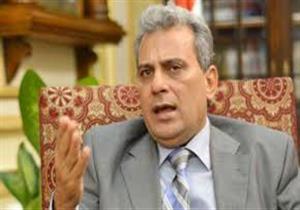 """موظف لرئيس جامعة القاهرة: الأسعار غالية.. ونصار:""""مكافأة شهرين"""""""