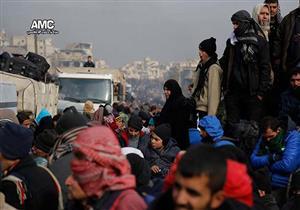 سوريون يروون رحلة الخروج من جحيم حلب: العالم كله خذلنا