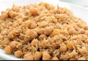طريقة عمل الأرز بالحمص