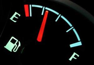 اسلوب بسيط اثناء القيادة لتوفير استهلاك الوقود