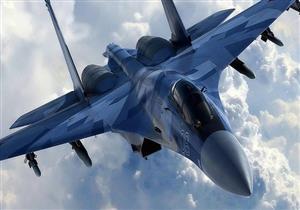"""بالفيديو.. طائرات """"سو-35"""" تستعرض قوتها على حدود تركيا"""