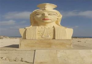 """""""إيمان عز الدين"""" تعرض صوره لتمثال """"كليوباترا"""" المشوه وتعلق """"دى """"كيلو بامية"""