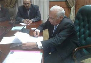 بالصور- محافظ بورسعيد يعتمد نتيجة الاعدادية بنسبة نجاح 78%