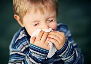 أمراض قد تصيب طفلِك في الربيع.. احترسي منها
