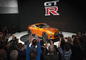 جولة مصورة داخل أروقة معرض نيويورك الدولي للسيارات 2016