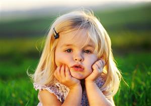 متى تسبب الزيادة البطيئة في وزن الطفل القلق؟
